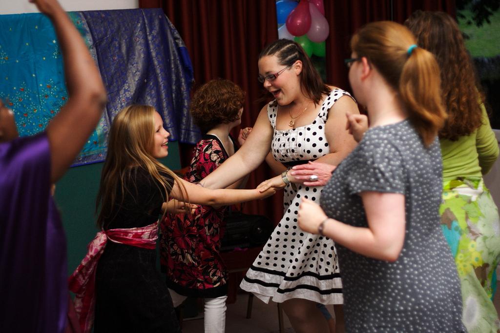 lauren_claire_dancing